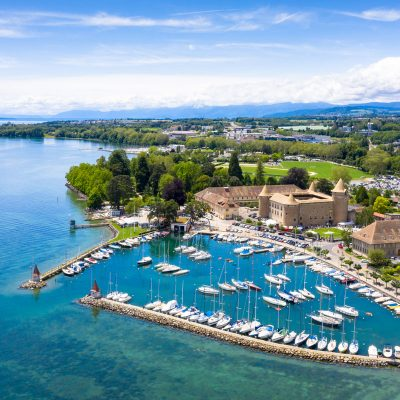aerial-view-of-morges-castle-in-the-border-of-the-F6BJ7LN